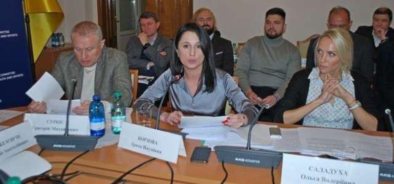 Українців віком до 27 років звільнять від податків - парламентський комітет